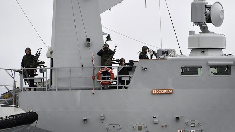 Korvetten HMS Stockholm patrullerar vid Nåttarö i Stockholm södra skärgård. Foto: Anders Wiklund/TT