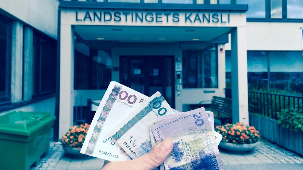 Hur mycket är västernorrlänningarna beredda att betala i landstingsskatt? Mer än idag säger 63 procent. Foto: Ulla Öhman/SR