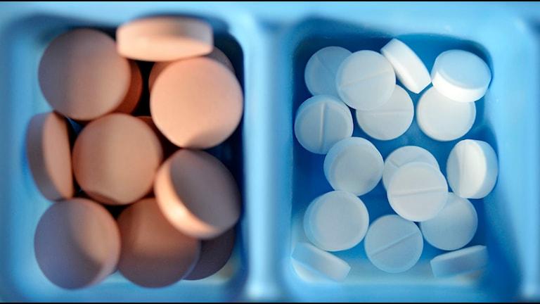 Medicin. Olika slags tabletter i doseringsskålar.Foto: Jessica Gow/TT