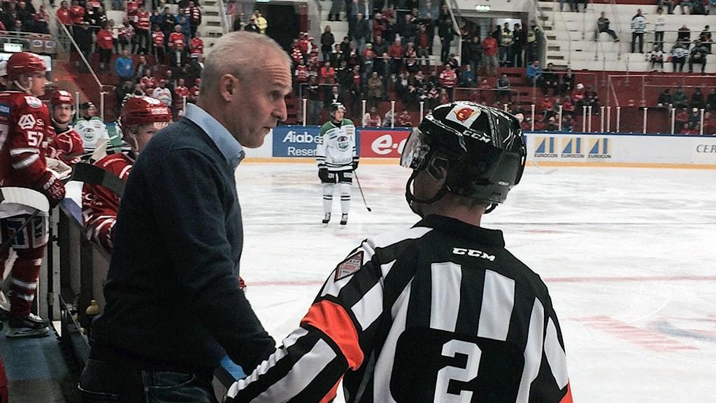 Timrå IKs tränare Roger Forsberg. Foto: Christer Jonasson / Sveriges Radio