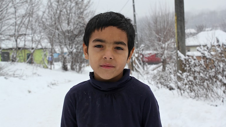 Sjuårige Eduard i Rumänien. Foto: Viktor Åsberg/Sveriges Radio