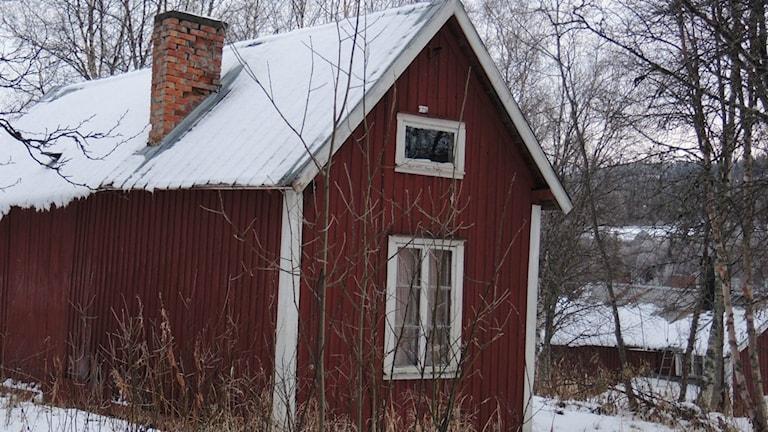 Röd stuga. Huset på bilden har inget med texten att göra. Foto:arkiv