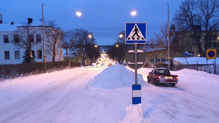 Nybrogatan i Härnösand kl 8.15 den 13:e januari. Foto Ulla Öhman