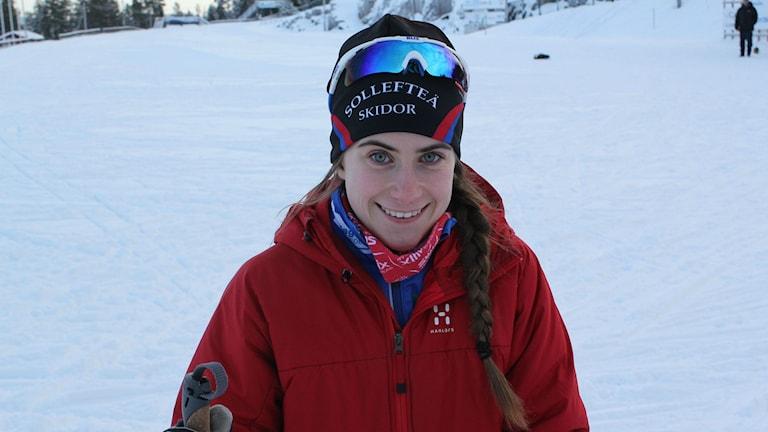 Ebba Andersson vill åka många lopp. Klart är att hon kör distans i fristil nästa vecka. Foto: Viktor Åsberg/SR.