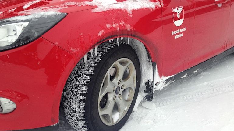 17 procent av hemtjänstens bilar är fyrhjulsdrivna. Fler behövs, tycker personal. Foto: Viktor Åsberg/SR.