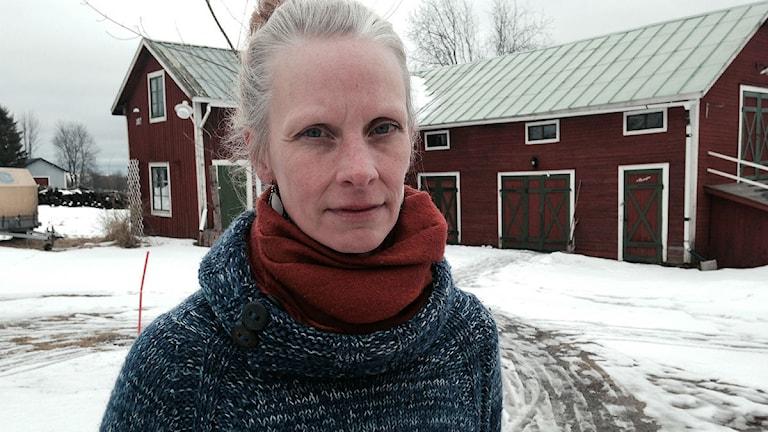 Agneta Jakobsson är kritisk till att CSN har höjt påminnelseavgiften till 450 kronor.