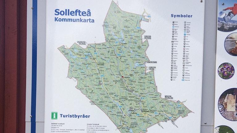 En informationsskylt som visar en karta över Sollefteå kommun. Foto Ulla Öhman