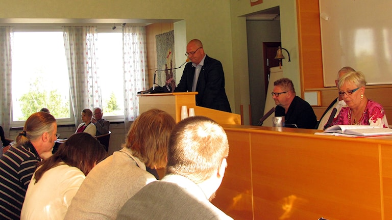 Tony Andersson på kommunfullmäktige i Timrå