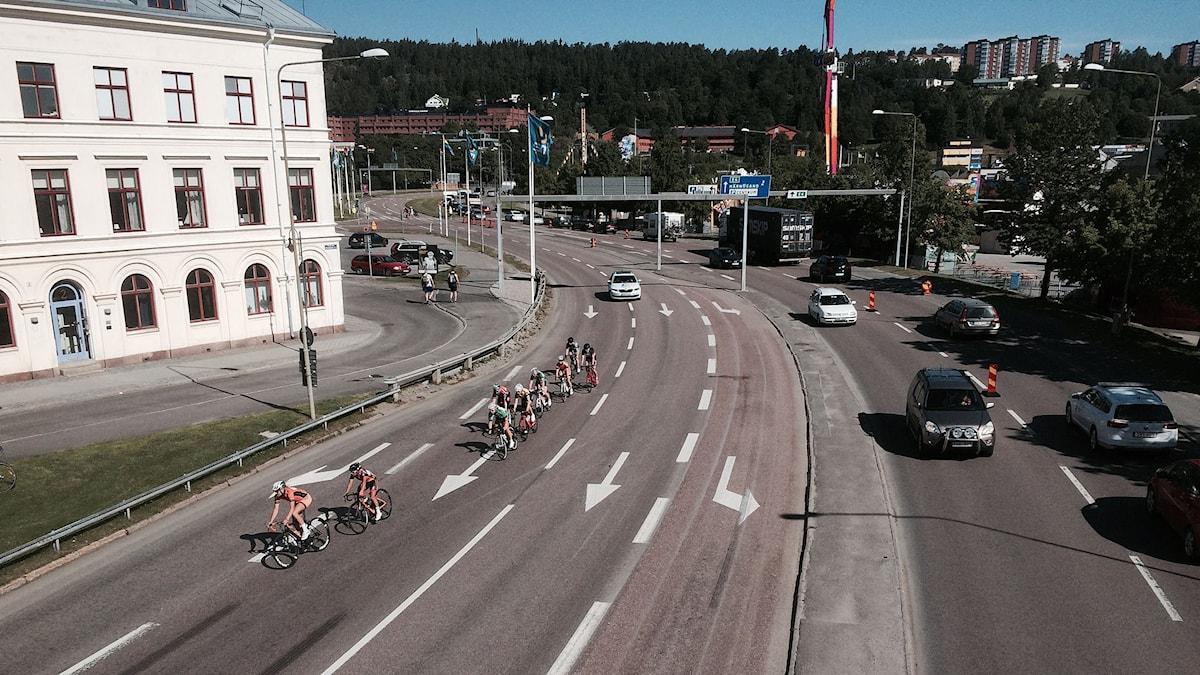 Cykeltävling under SM-veckan stänger av större delen av centrala Sundsvall. Foto: Christer Jonasson/SR