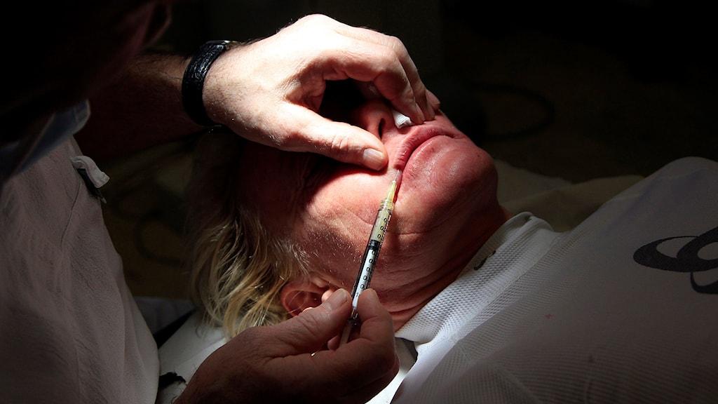 Fortfarande flest kvinnor som väljer lägga sig under kniven. Foto: Lise Åserud/ TT