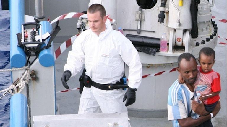 Mattias Erlandsson på Poseidon. Foto: Kustbevakningen