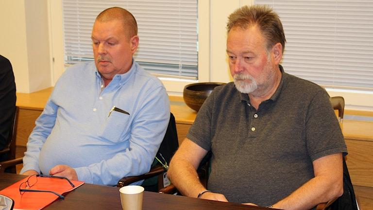 John Öberg och Tomas Kristoffersen, pappers.