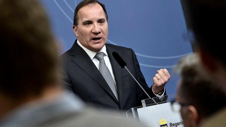 Statsminister Stefan Löfven kommenterar den höjda terrornivån. Foto: Claudio Bresciani/TT