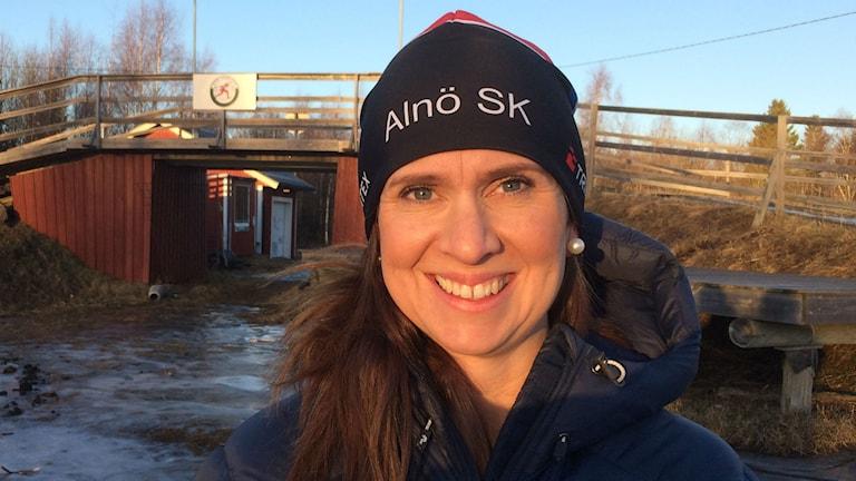 Elin Östlund ordförande Alnö skidklubb. Foto: Christer Jonasson / SR