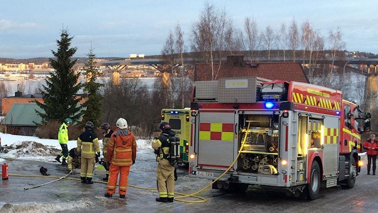 Räddningstjänsten larmades till en lägenhetsbrand på Skönsmon.