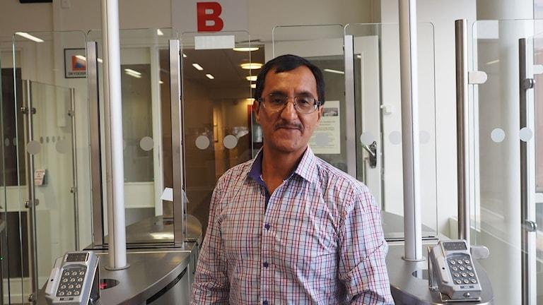 Angel Villaverde (MP) är tillbaka på jobbet. Foto: Ingrid Engstedt Edfast/SR