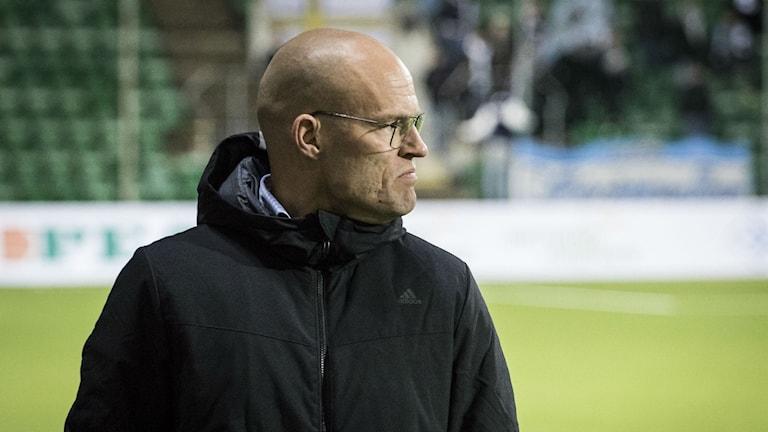 Gif Sundsvalls huvudtränare Joel Cedergren. Foto: Viktor Sjödin/Sveriges Radio