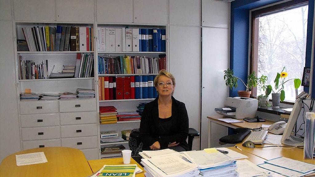 Lisbet Sander verksamhetschef vid Individ- och familjeomsorgen på Härnösands kommun. Foto: Ulla Öhman/Sveriges Radio