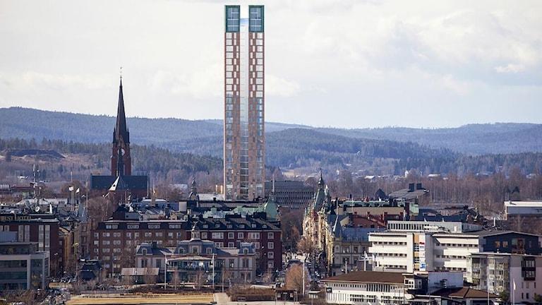 Om planerna blir av är inte längre kyrktornet högst i stadssiluetten. Skiss: Arkitekt Gert Wingårdh