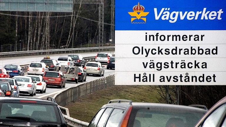 Bilköer på E4 i påsktrafiken. Foto: Johan Nilsson / TT