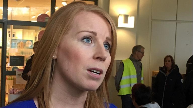 Centerpartiets Annie Lööf besöker Sollefteå sjukhus