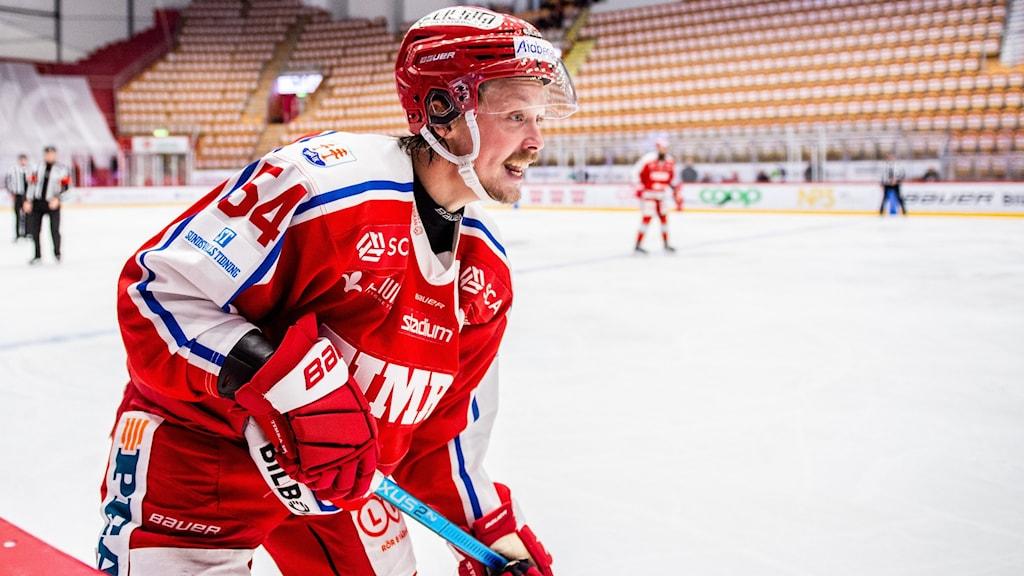 Timrås Jonathan Dahlén under en ishockeymatch i Hockeyallsvenskan oktober 2020. Foto: Pär Olert/Bildbyrån