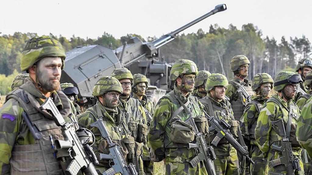 Ett gäng militärer som var delaktiga på försvarsövningen Aurora 17.