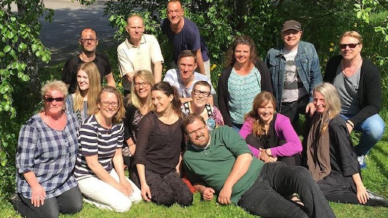 Överst från vänster: Peter, Ove, Pether. Mellanraden: Johanna, Anna, Niklas, Ann-Charlotte, Christer och Ulf. Nedre raden: Kerstin, Susanne, TullaMaja, Karin, Erik, Karin och Agneta.
