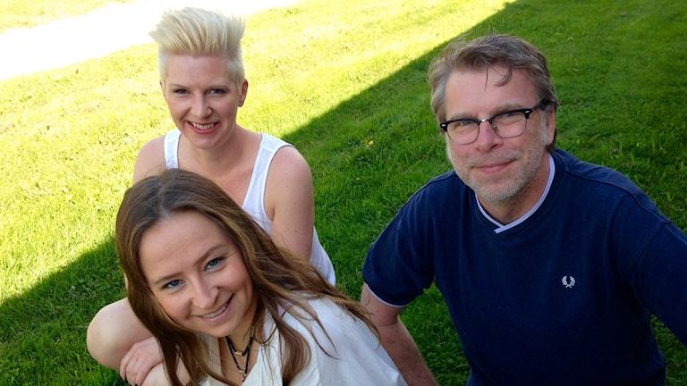 Musikpanelen med Karina Nilsson, Sofia Tunmat och Håkan Tjernberg. Foto: Karin Lönnå/SR