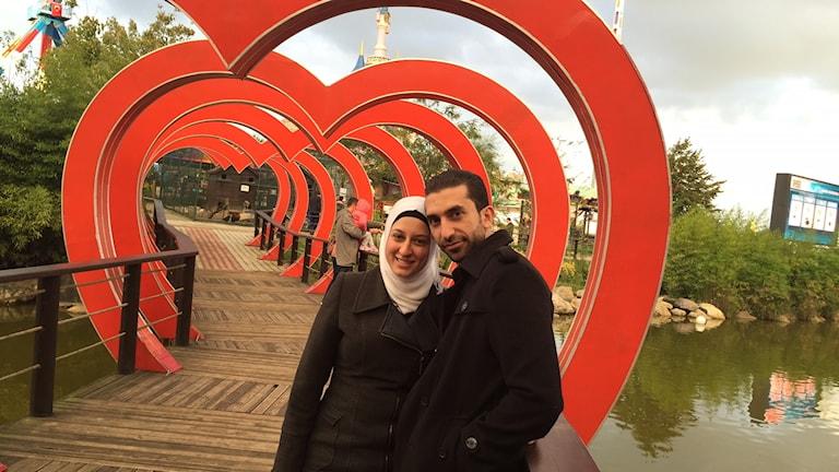 Oula ensam kvar i Syrien