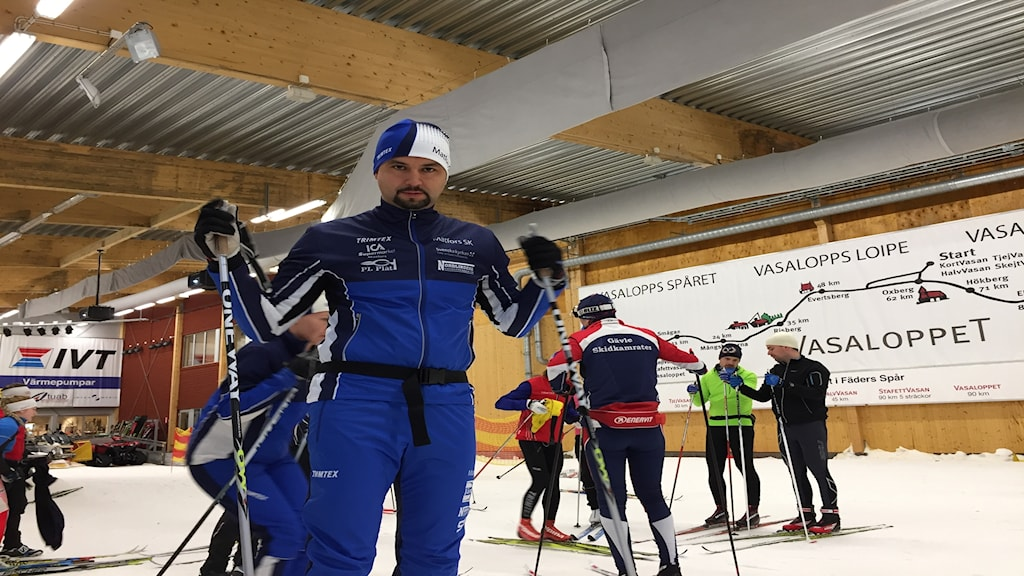 Jhon Acevedo i skidtunneln i Torsby. Foto: Niklas Axelsson/Sveriges Radio