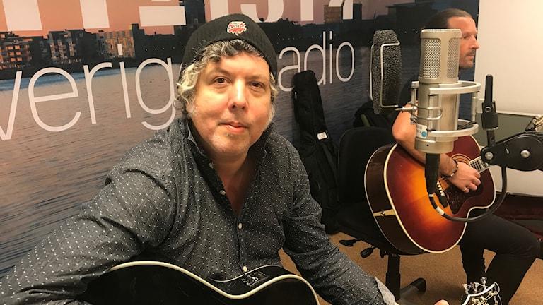 Alex Fridell i studion. Foto: Anna Gustafsson/Mamselle Music
