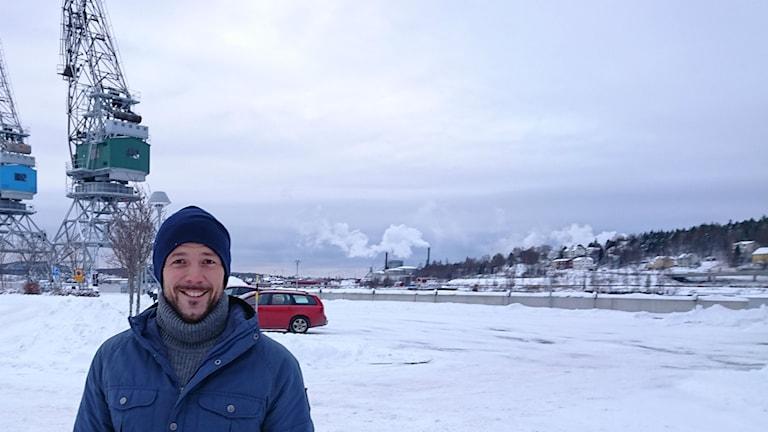 Jerry Engström som driver friluftsbyn i Docksta.