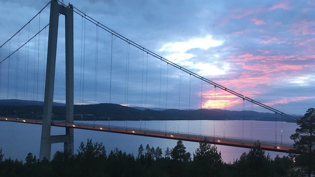 Höga Kustenbron, Höga Kusten