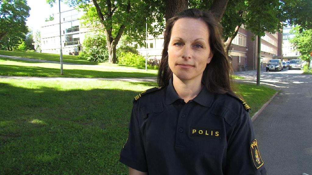 På bilden syns Annika Odelind som är tillförordnad informationschef vid Polisen i Västernorrland. Foto: Pontus Hellsén