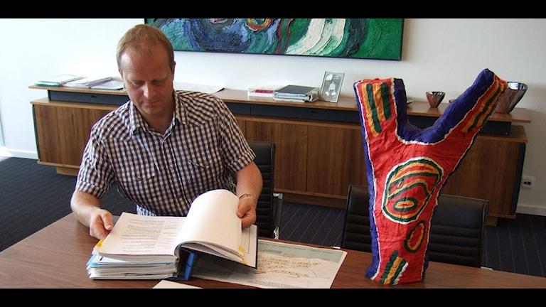 Niklas Nyberg, företagare i Örnsköldsvik som vill köpa Bengt Lindströms skapelse. Foto: Lennart Sundwall