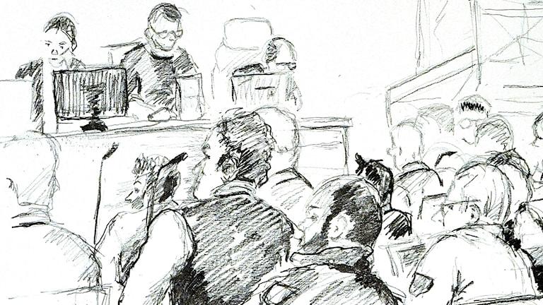 Blyertsskiss från rättegången i kidnappningsmordet på en 23-årig man. Ilustration: Ingela Landström/TT
