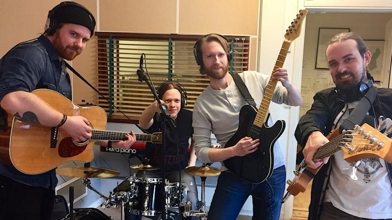 Domino Majestic i studion. Foto: Karin Lönnå/Sveriges Radio
