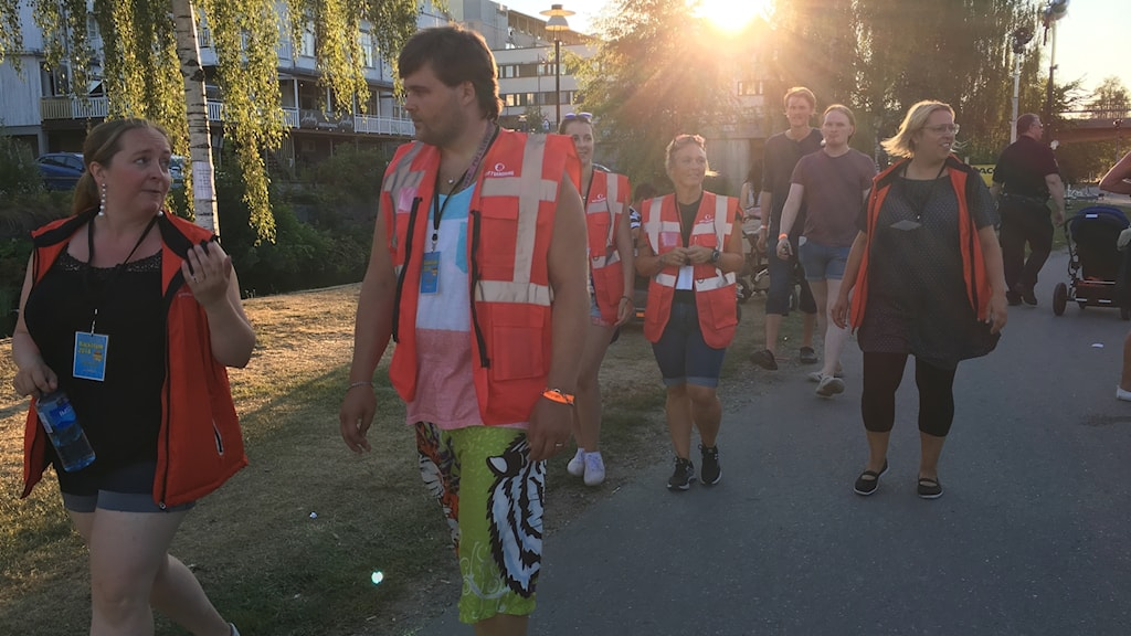 Nattvandrare på Laxfestivalen i Sollefteå.