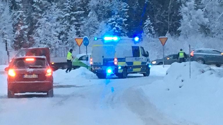 En bild på räddningsfordon från trafikolyckan Hulivägen-Lasarettsvägen i Sundsvall