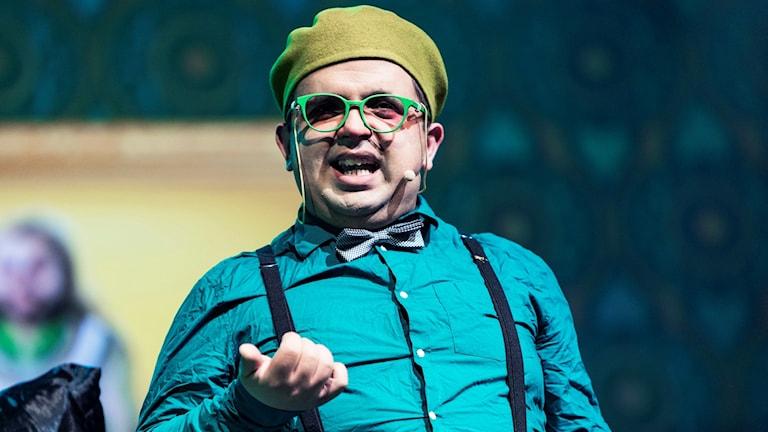 """Alexander Rådlund på scen under föreställningen """"Trollkarlen från Oz"""". Foto: Emma Svensson/CC"""
