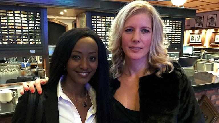 Jenny Rogneby och Anna Karolina. Foto: Fredrik Birging/Sveriges Radio