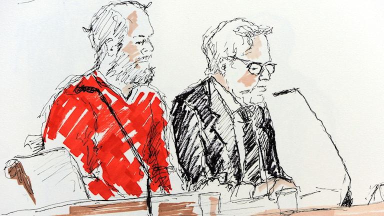 Teckning från rättegångens första dag. Den åtalade och försvarsadvokaten. Ilustration: Ingela Landström / TT