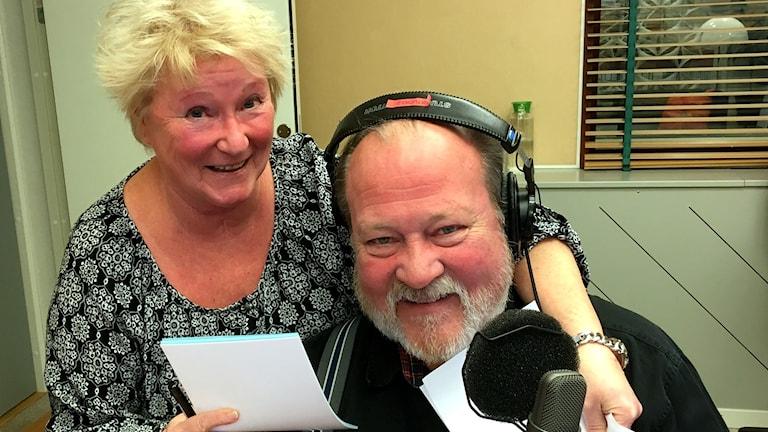 Kerstin Ericsson och Lars T Johansson i Sök och finn. Foto: Ann-Charlotte Carlsson/Sveriges Radio