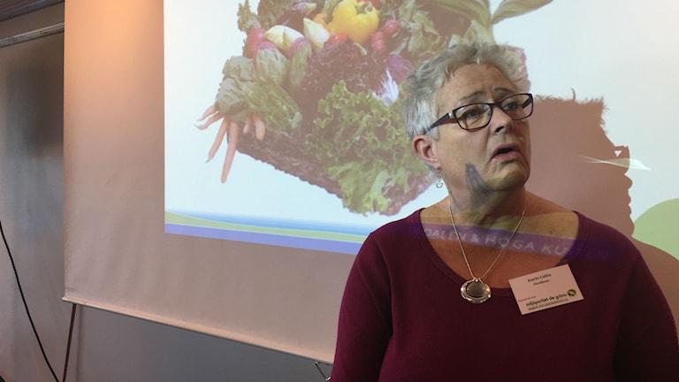 Karin Lidén kostchef på Miljöpartiets kommun- och landstingsdagar