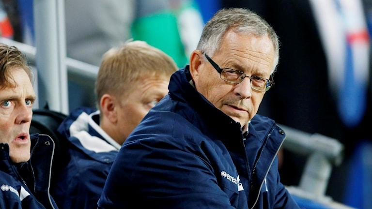 Islands tränare Lars Lagerbäck under en VM-kvalkamp. Foto: