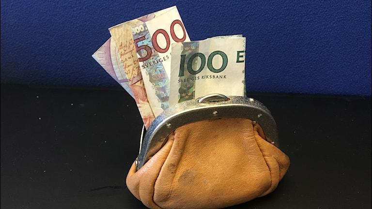 Börs med gamla sedlar