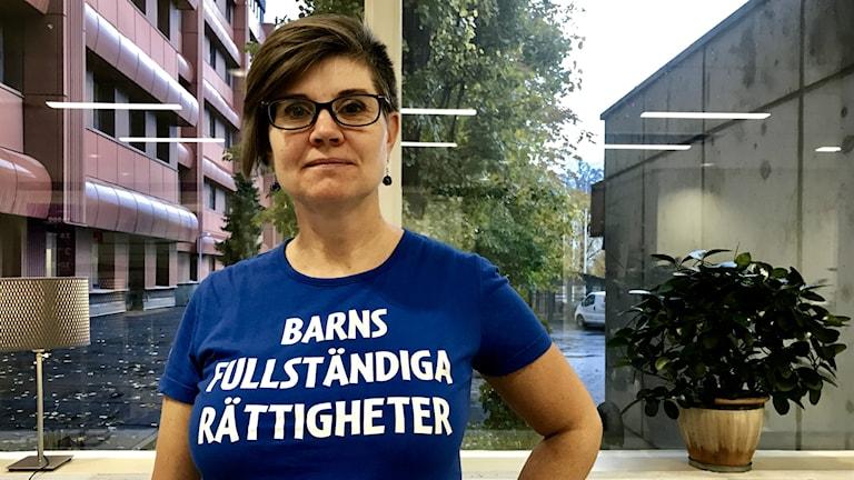 Mona Örjes på IOGT NTO Junis presenterar ny rapport om