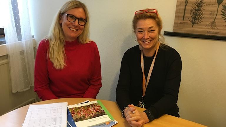 Lena Bjelkström, rektor Björkbacka skolan och Alby skola samt Monika Isberg rektor Minervaskolan i Ånge.