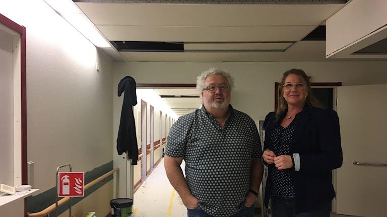 Bo Abrahamsson och Marlin Skarin på byggarbetsplatsen som snart öppnar som länets nyaste vårdcentral i Sollefteå. Foto Ulla Öhman